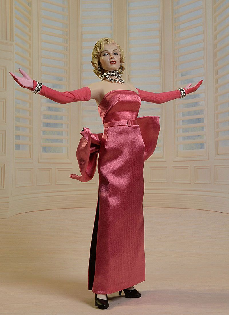 Marylin Monroe Pink Dress Sixth Scale Action Figure