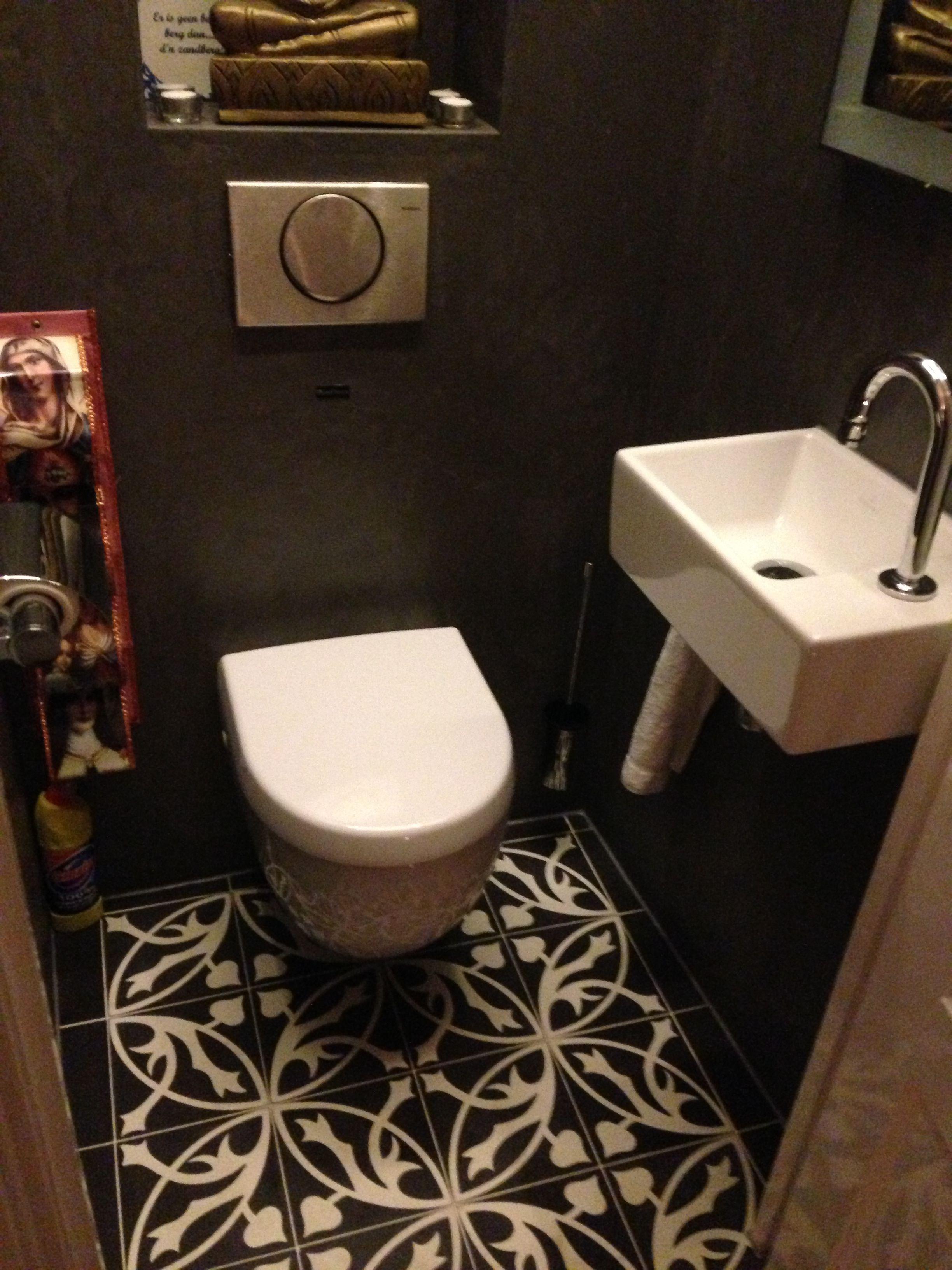 Spaanse castelo patroon tegels vloer toilet gerealiseerd door morefloors verbouwing jaren 30 - Wc tegel ...