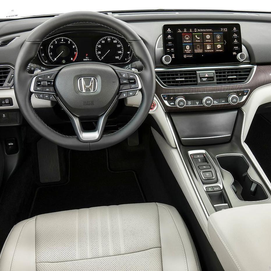 Honda Accord 2018 Olha o interior da décima geração do