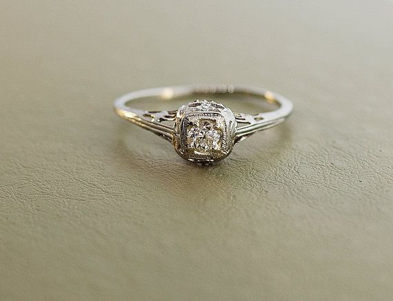 Antique 1920 S 18k White Gold Diamond Filigree Engagement Ring