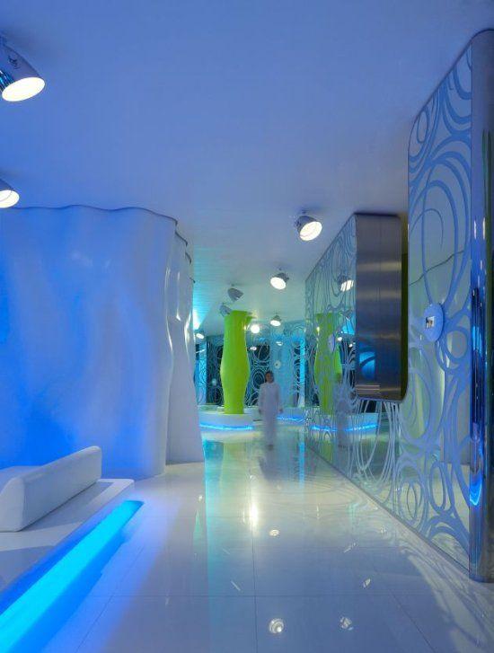 Arquitectura de dise o de vanguardia hotel i suite di for Arquitectura de hoteles