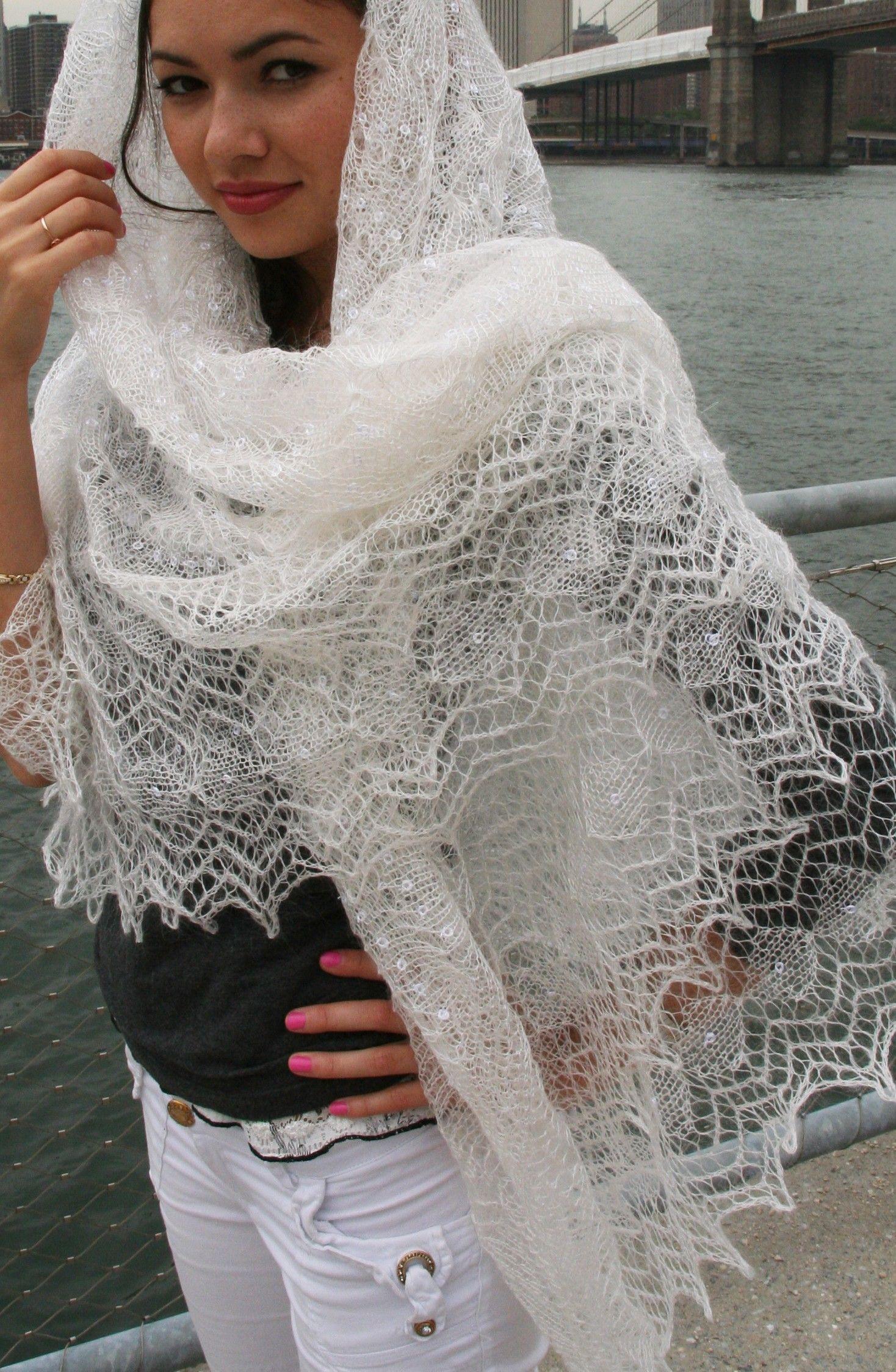 Knitting Shawl Russian : A pretty girl in russian orenburg shawl