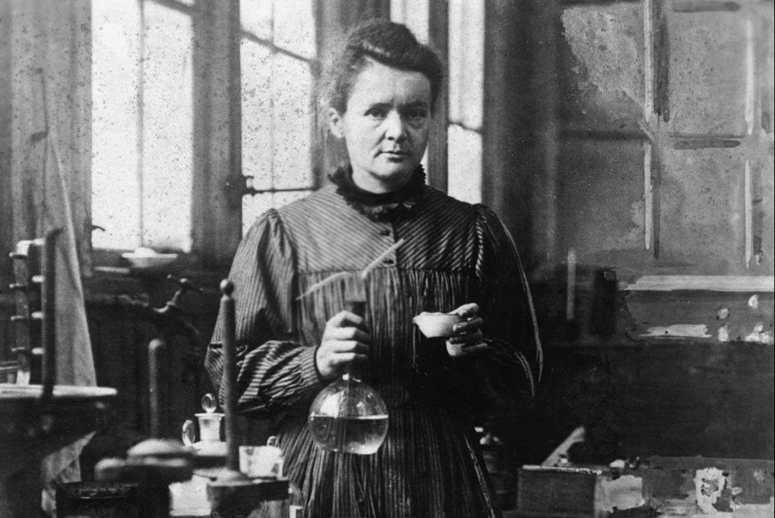 Looks - Power: in Women Marie Curie video
