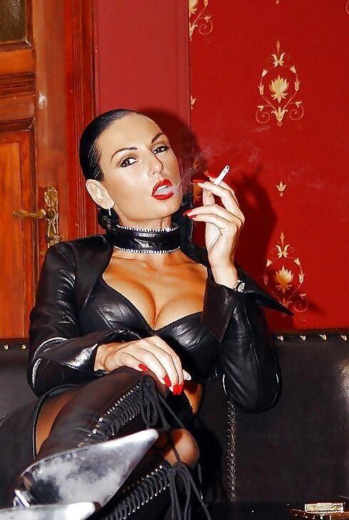 Rauchen Domina Bilder