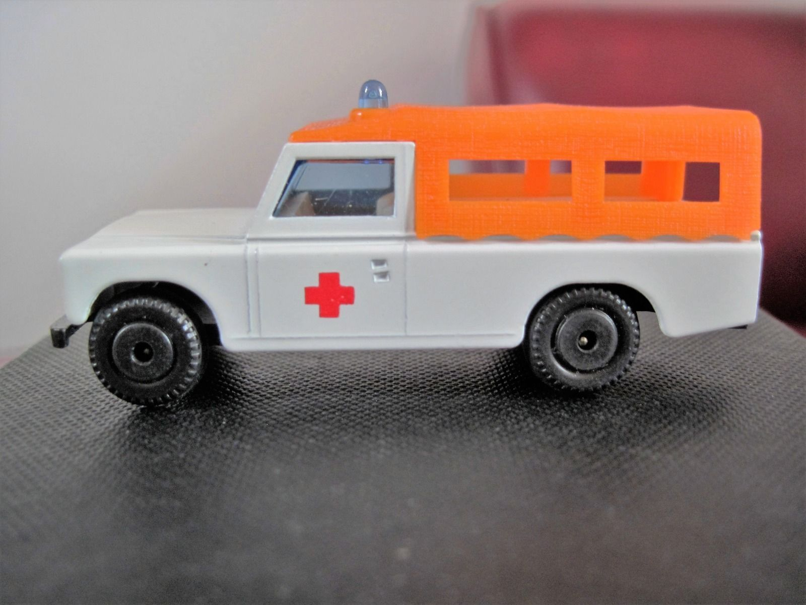EFSI 530 Land Rover Ambulance eBay TOY CARS