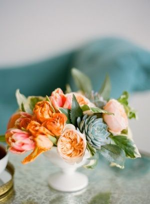 idea for medium arrangement - could add more greenery and white. love the succulent and peach garden rose