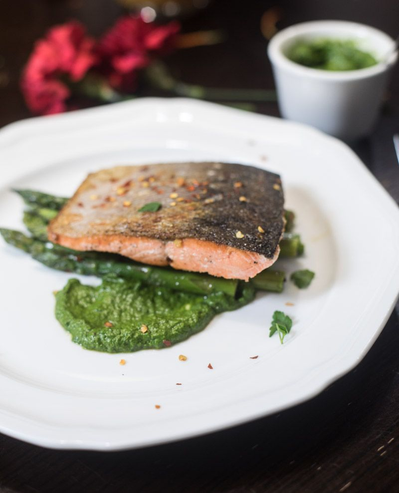 Pan Seared Salmon and Asparagus with Mojo Verde - a valentines day meal ready in less than twenty minutes and very little clean up.