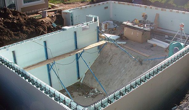 Icf swimming pools home ideas pinterest swimming for Concrete swimming pool construction