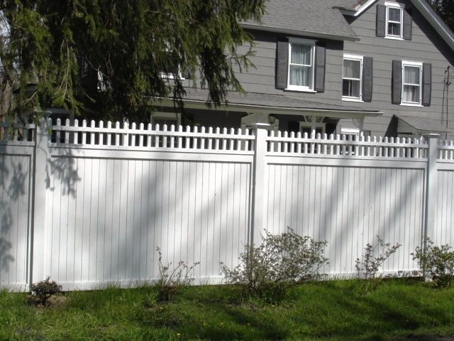 White Wood Privacy Fence With Picket Topper