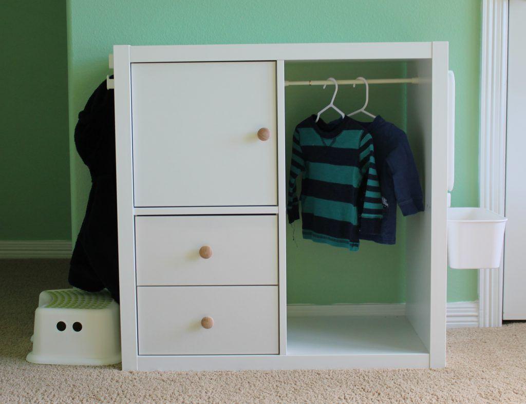 Thismerrymontessori montessori wardrobe muebles para beb s montessori pinterest - Muebles habitacion infantil ...