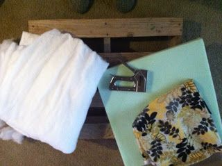 DIY  Ottoman from Pallet