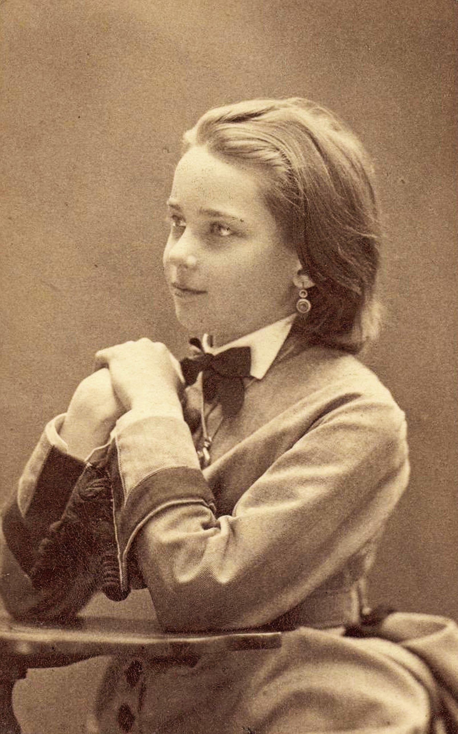 Princess Zinaida Yussupova As A Beautiful Young Girl-4133