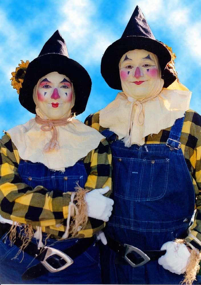 Mary They look like KKK clowns Bad Ideas Pinterest - scarecrow halloween costume ideas