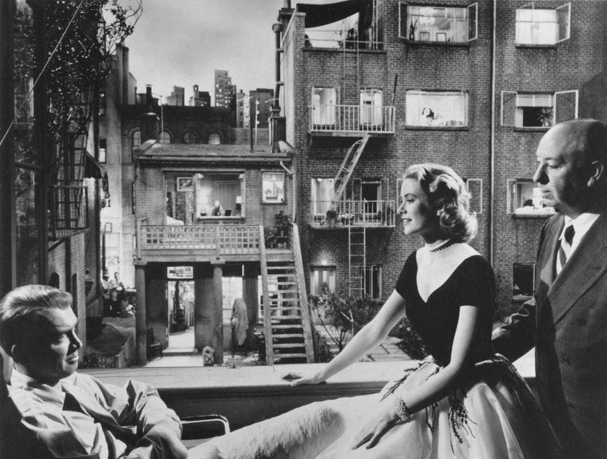 Hitchcock Jimmy Stewart Y Grace Kelly En El Rodaje De La Ventana