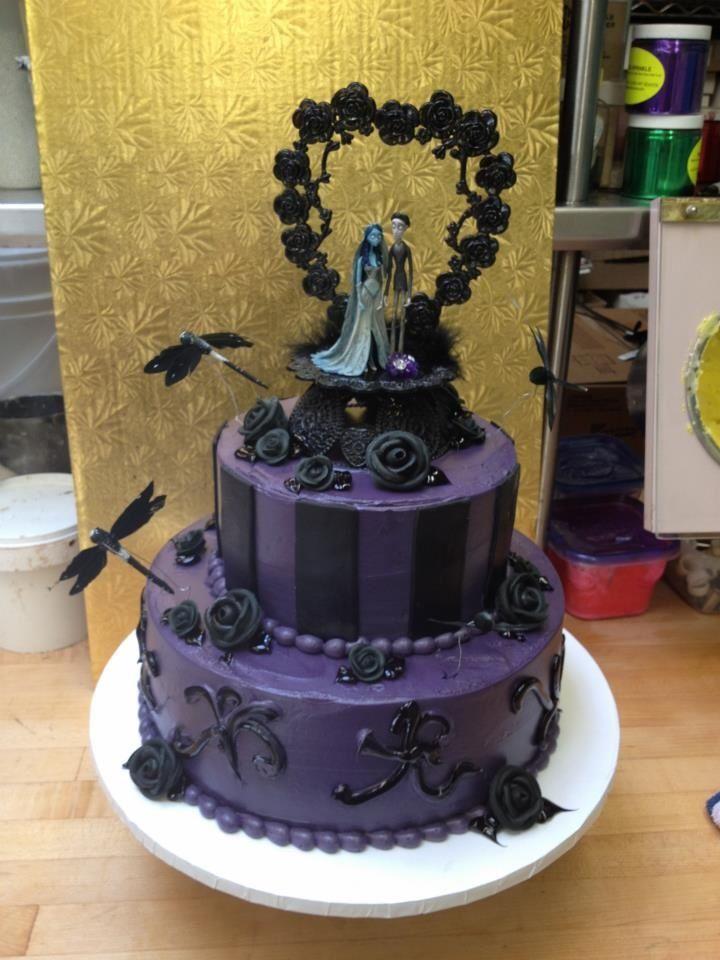 Corpse Bride Wedding Cake, Black and Deep Purple. | Bridal ...