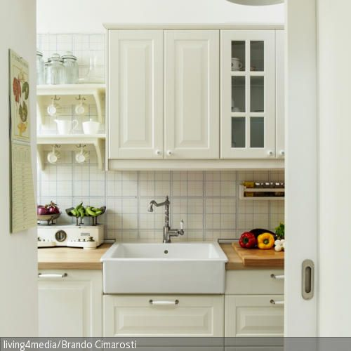 Vintage-Armatur in Landhausküche Shabby, Kitchens and Interiors