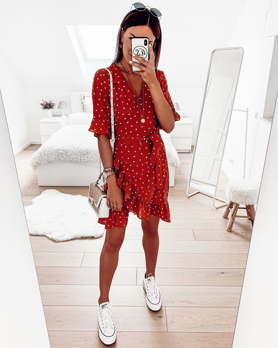 "Photo of FASHIONPUGLADY BY JAQUELINE on Instagram: ""#OOTN ❤️A nice Sunday evening to you 💋 # ootd #outfit #outfitinspo #dailylook #wiwt #dress #fashionhaul #fashioninspo # dailylook…"""