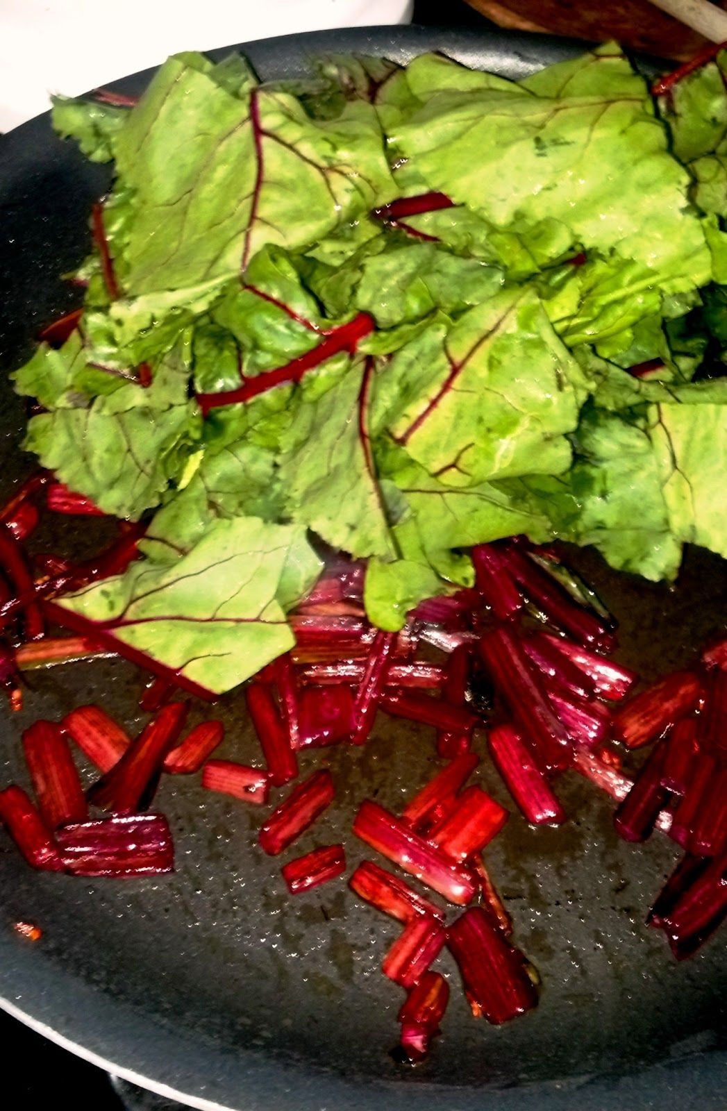 how to cook the green tops of beets
