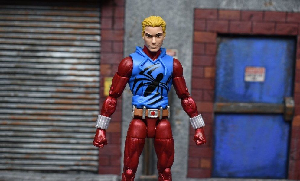 "Marvel Universe Scarlet Spiderman 3.75/"" Loose Action Figure"