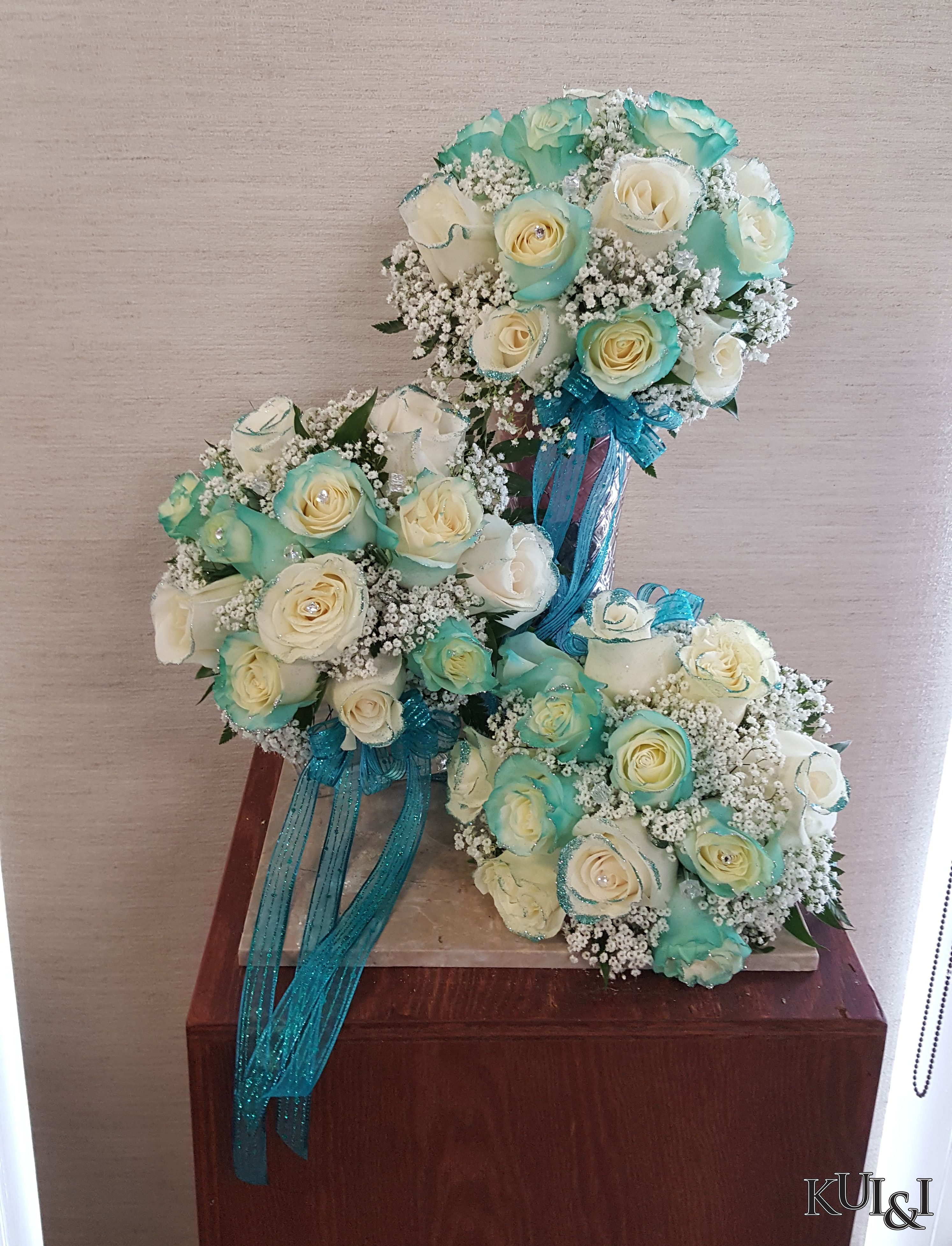 0e562d19a86025 Tiffany Blue   White Wedding Bouquets Kui   I Florist