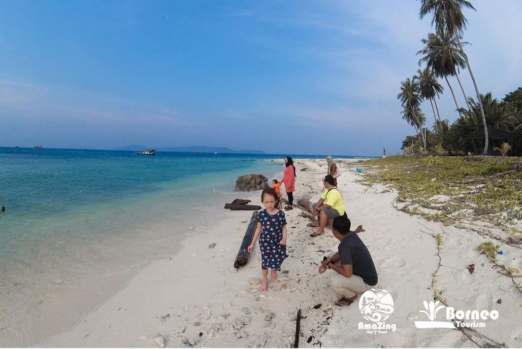 Wisata Ke Pulau Randayan