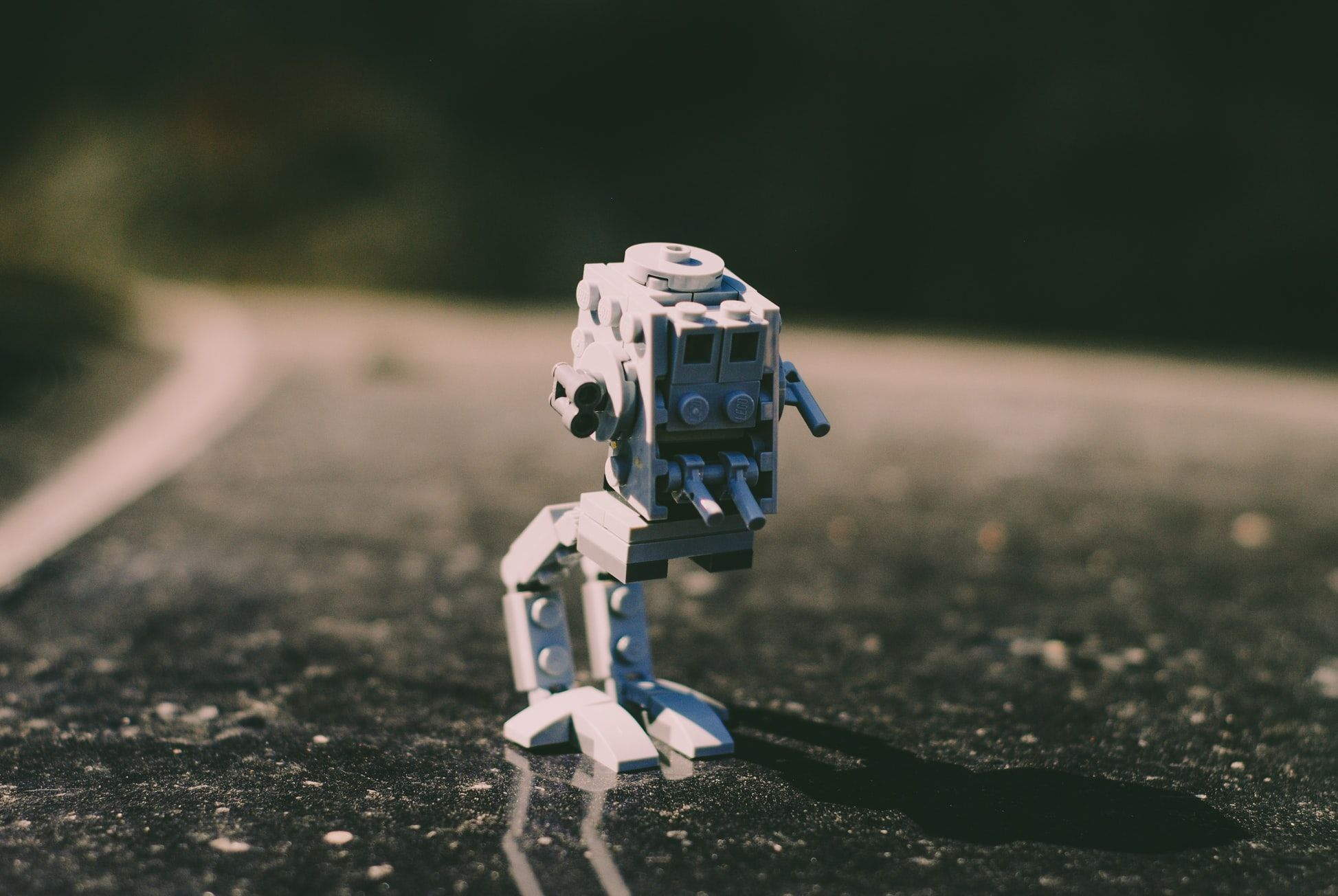 programmable robot kits for beginners
