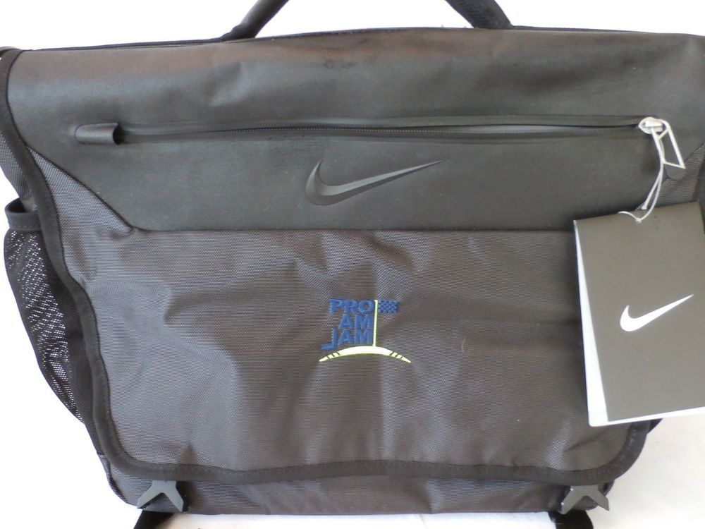 7d3075d363f4 Great looking and functional too! Nike Departure Messenger Computer bag  made of durable woven