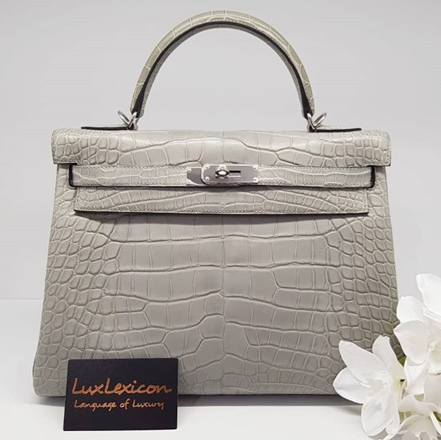 c7aaf2080ced Preloved excellent condition Gris Perle Matte Alligator Kelly 32 Phw. A  stamp full