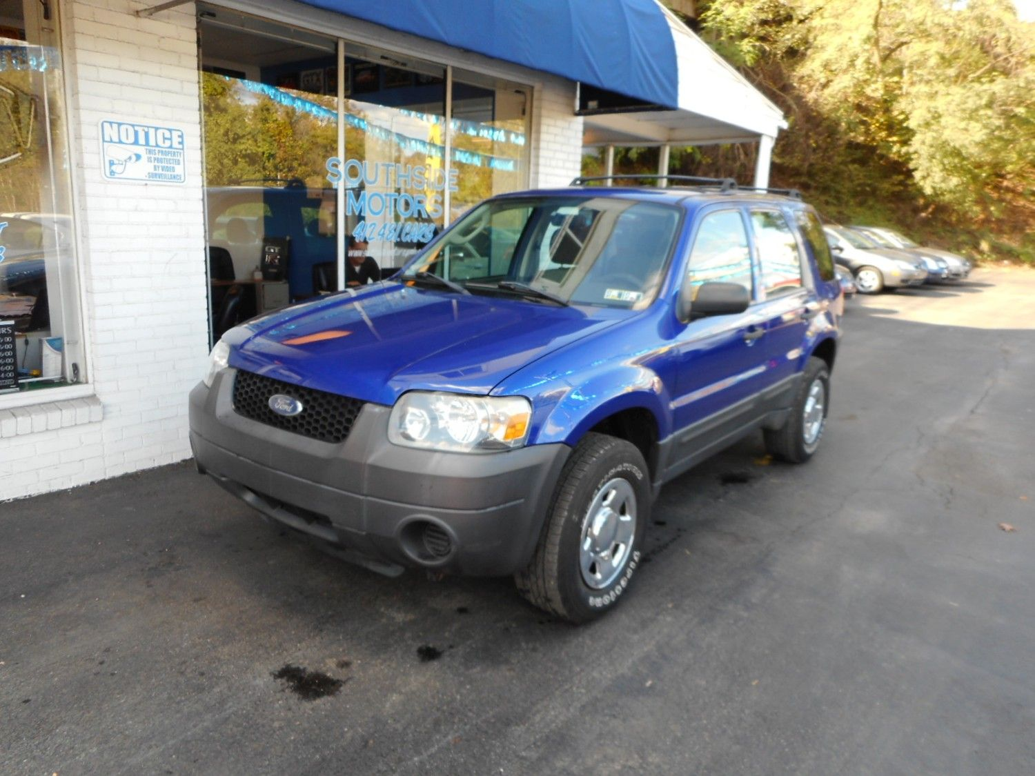 2006 Ford Escape Xls 4 Wheel Drive With Great Gas Mileage