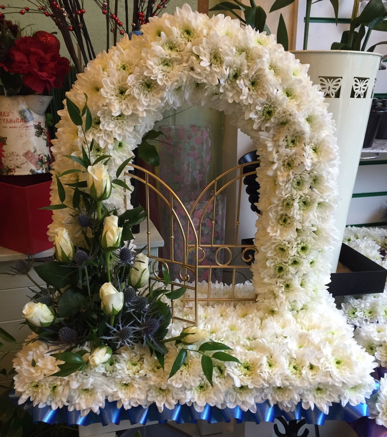Gates of heaven funeral tribute butterfliesandblooms gates of heaven funeral tribute butterfliesandblooms izmirmasajfo