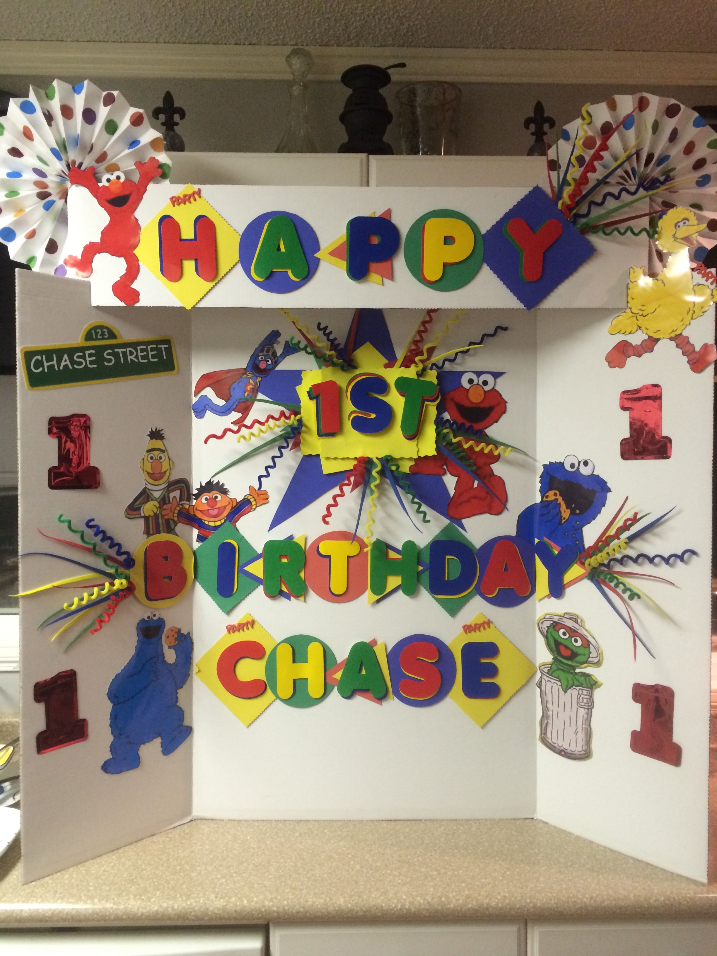 sesame street 1st birthday sign board cumpleaños pinterest
