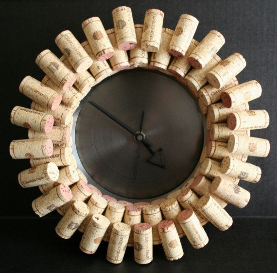 I love the simplicity of this clock. The only thing I would change is the color of the clock hands, hard to see.