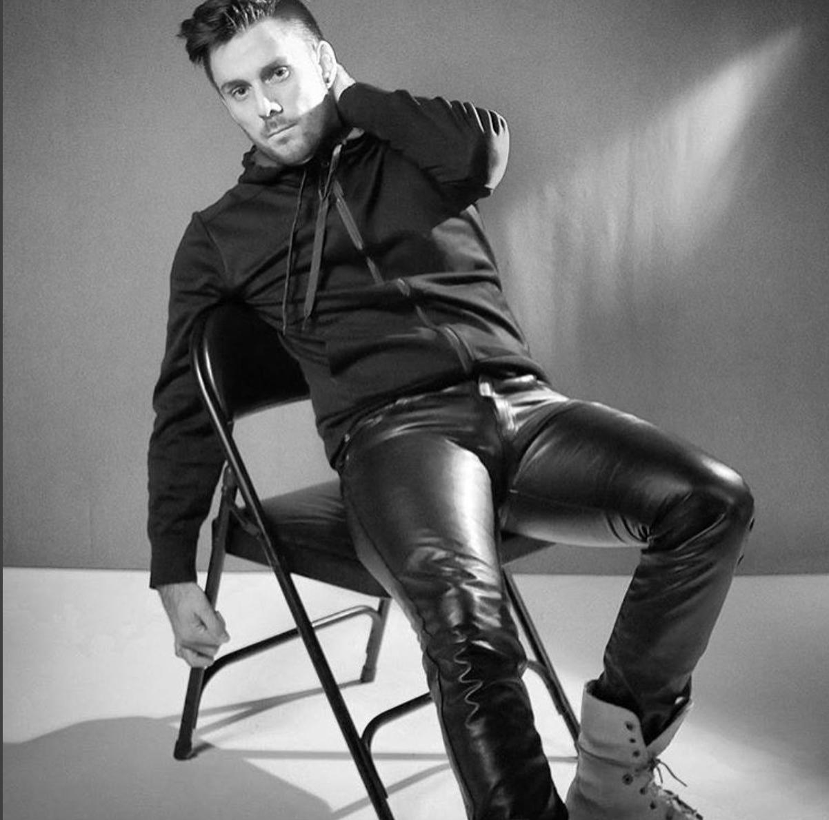 Custom mens leather pants men black leather biker pants sexy leather pants men wholesale