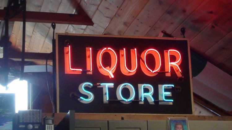 neon signs liquor sign used hand cars wanted visit ads found sell wantaddigest