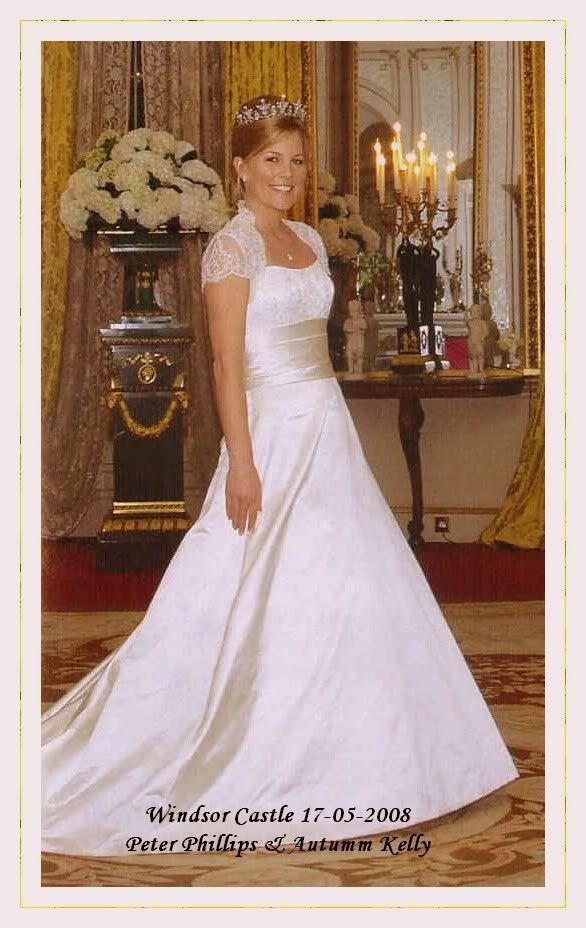 A Newly Found Photo Of Autumn Wearing Princess Anne S Festoon Tiara Royal Wedding Gowns