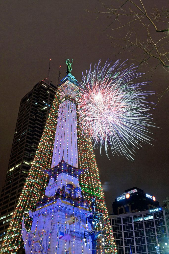 Circle of LIghts, Indianapolis, Indiana; enjoy fireworks