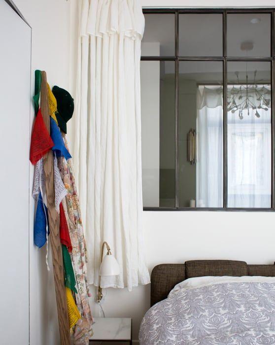 pour la fen tre de s paration de ma chambre salle de bain. Black Bedroom Furniture Sets. Home Design Ideas