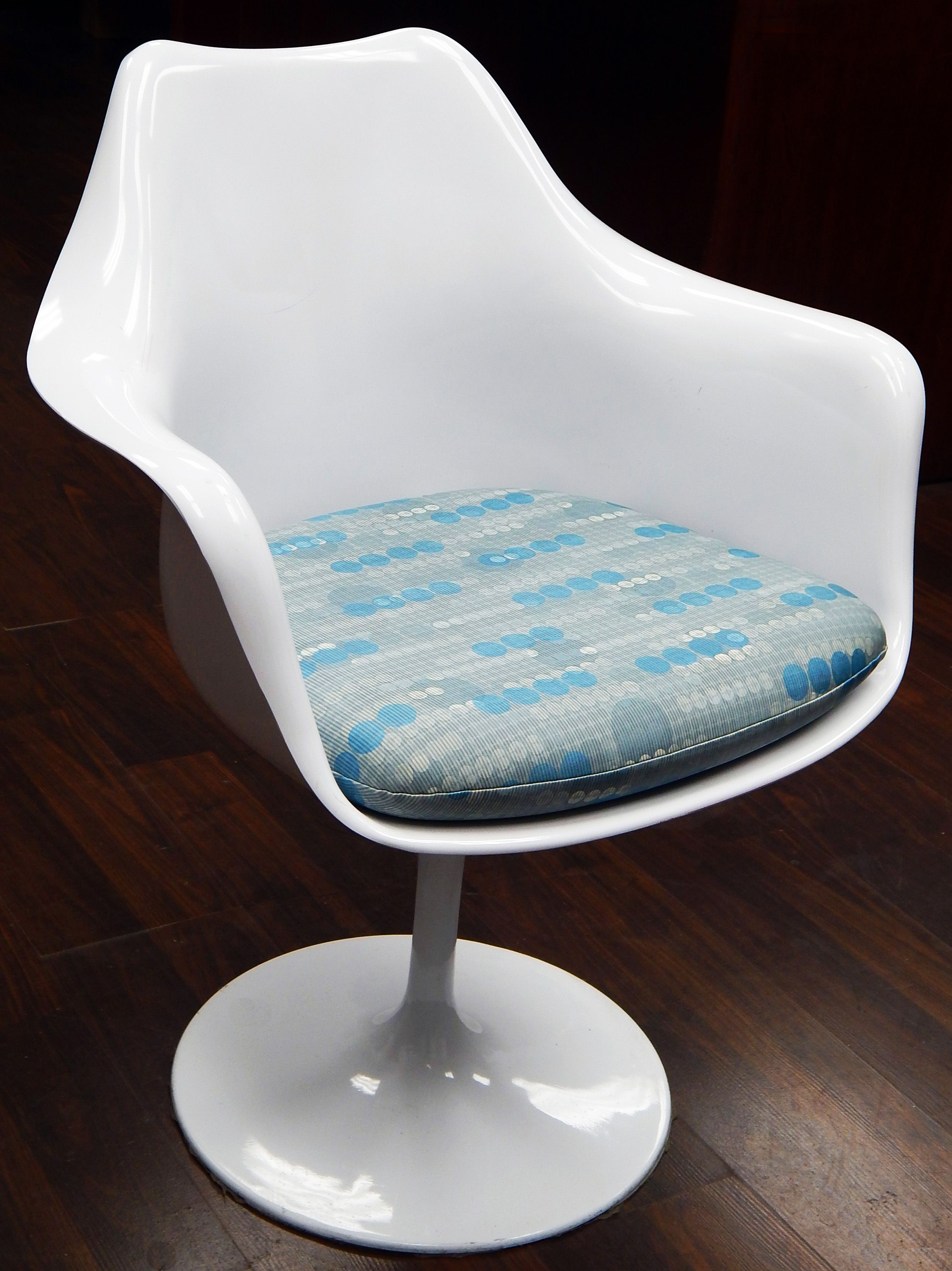 High Quality Replacement Cushion For Saarinen Or Burke Tulip Arm