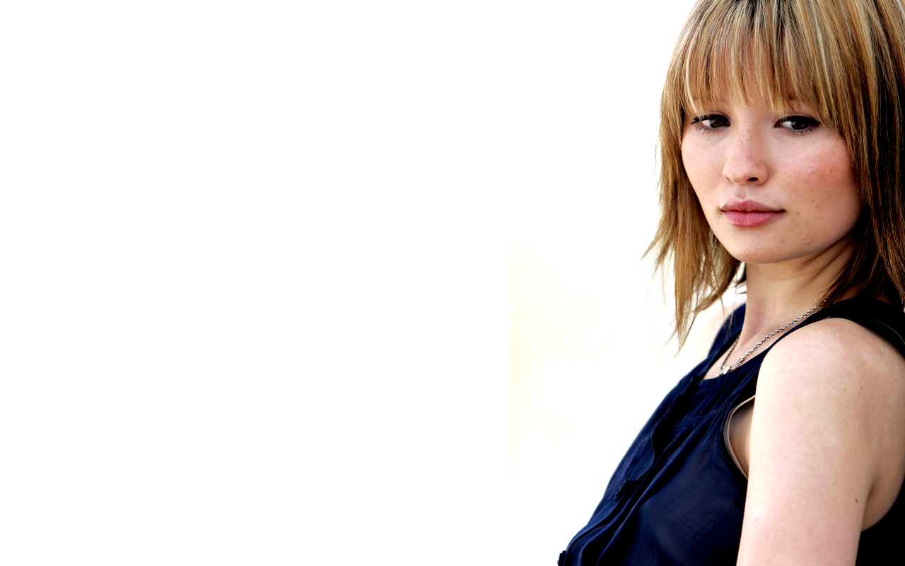 emily browning wallpapers - wallpaper cave | best games wallpapers