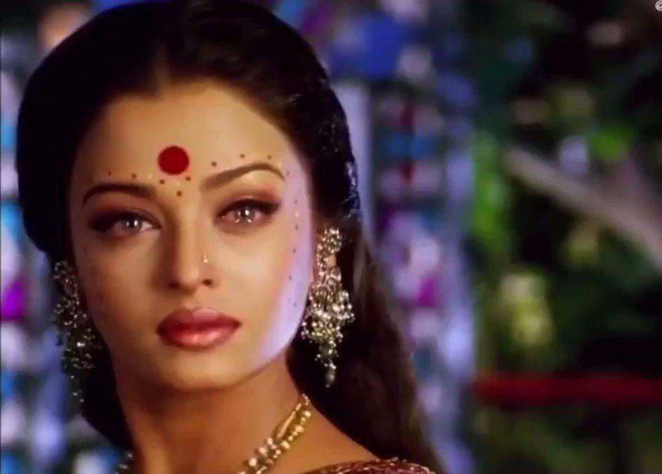 Aishwarya Rai Loops On Twitter Aishwarya Rai Actress Aishwarya Rai Aishwarya Rai Movies
