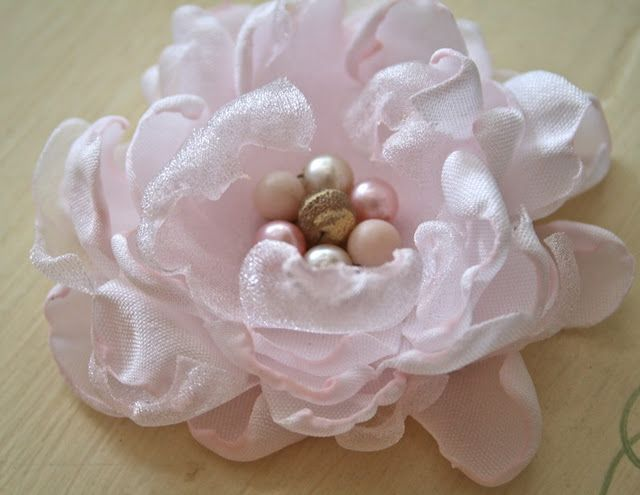 How To Make A Fabric Flower With Images Fabric Flowers Diy