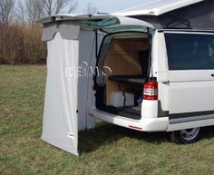 Rear tent attaches to inside of hatch
