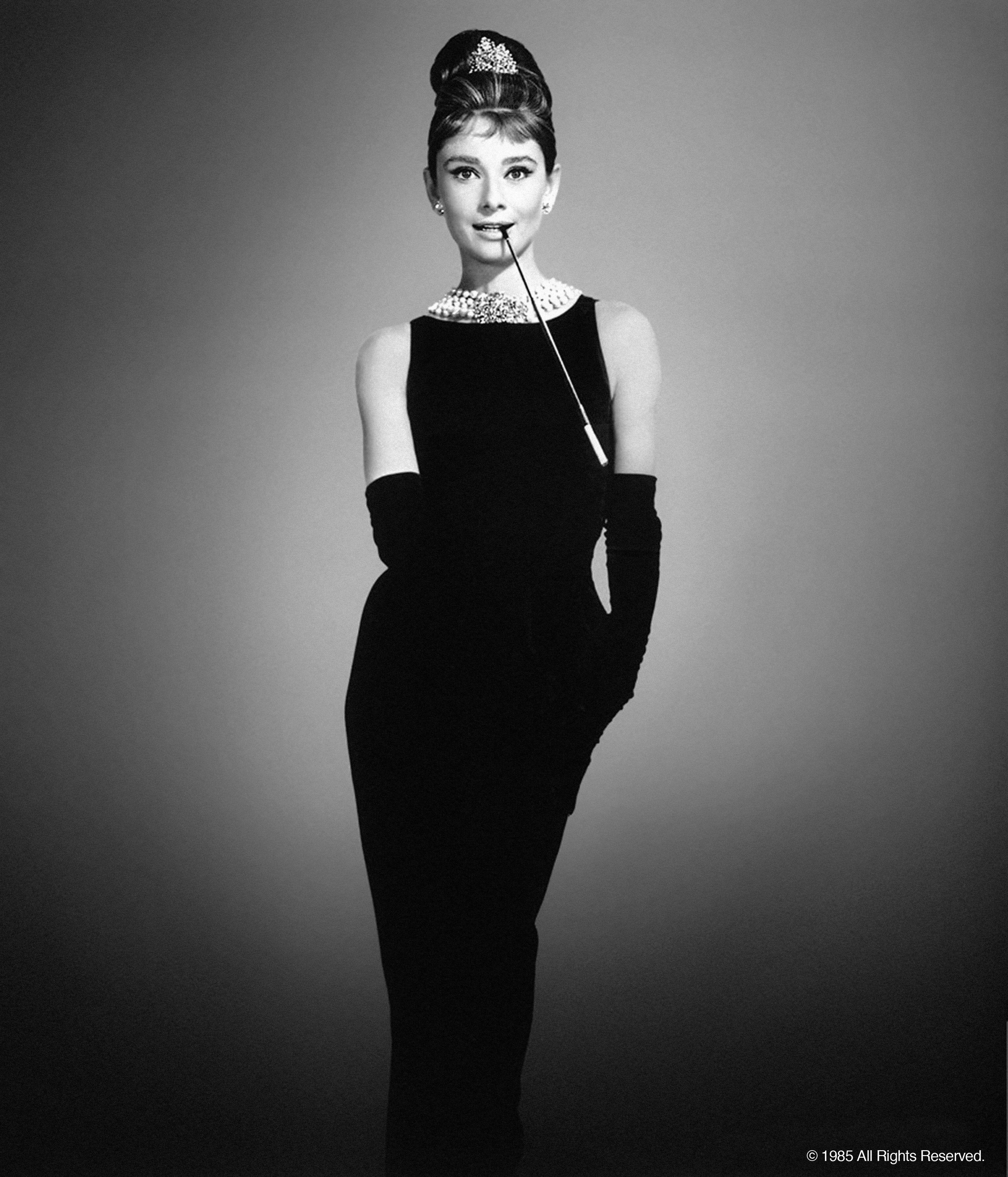 audrey hepburn black dress 24 x 48 x 1 8 glass panel. Black Bedroom Furniture Sets. Home Design Ideas