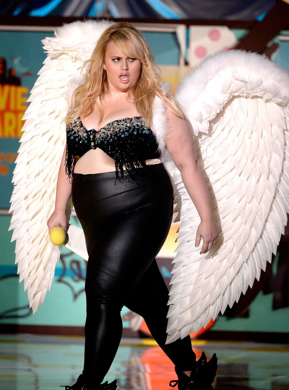 Rebel Wilson explains the thought behind her Victoria's Secret statement at the MTV Movie Awards.