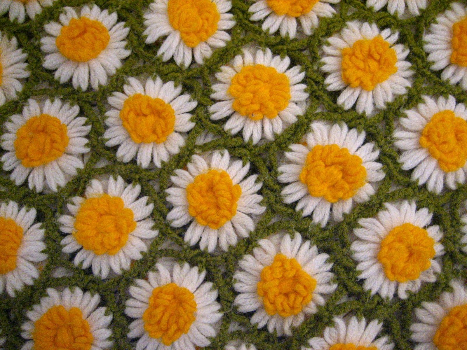 Crochet daisy blanket lovely crochet inspiration blankets crochet daisy blanket crochet quilt patternquilt bankloansurffo Choice Image