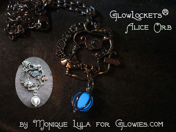Alice in Wonderland Cheshire Cat Silver Crystal by MoniqueLula