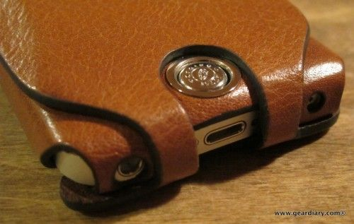 Orbino Pantera Cinque iPhone 5 Case Review – Luxurious Leather for Your  Personal Communicator 5ef251a625aa