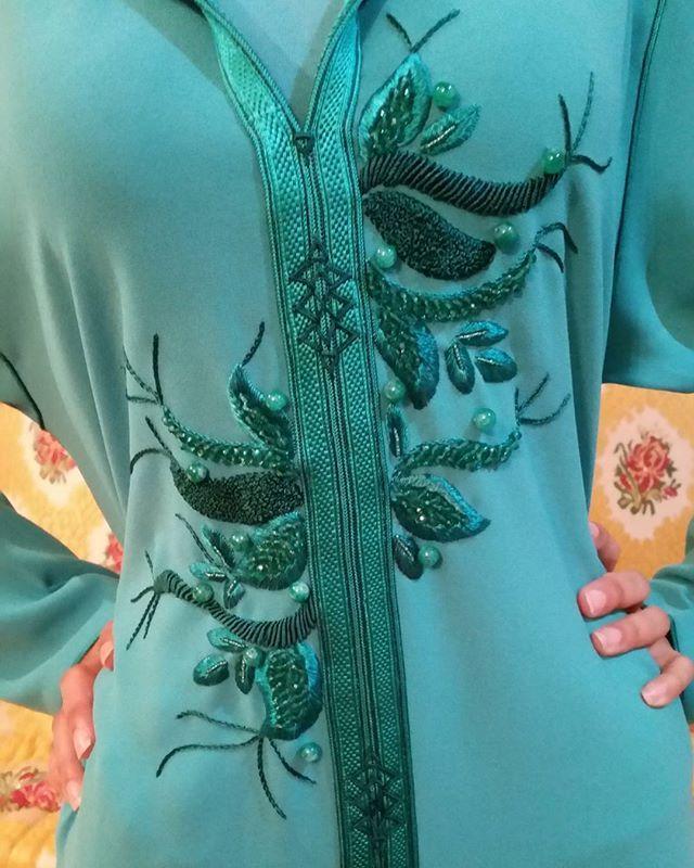 قفطان فستان دراعات السعودية فاشن ماركات قماش البحرين الإمارات قطر الرياض جدة مكة المدينة المنام Embroidery Fashion Detail Embroidery Fashion Moroccan Clothing