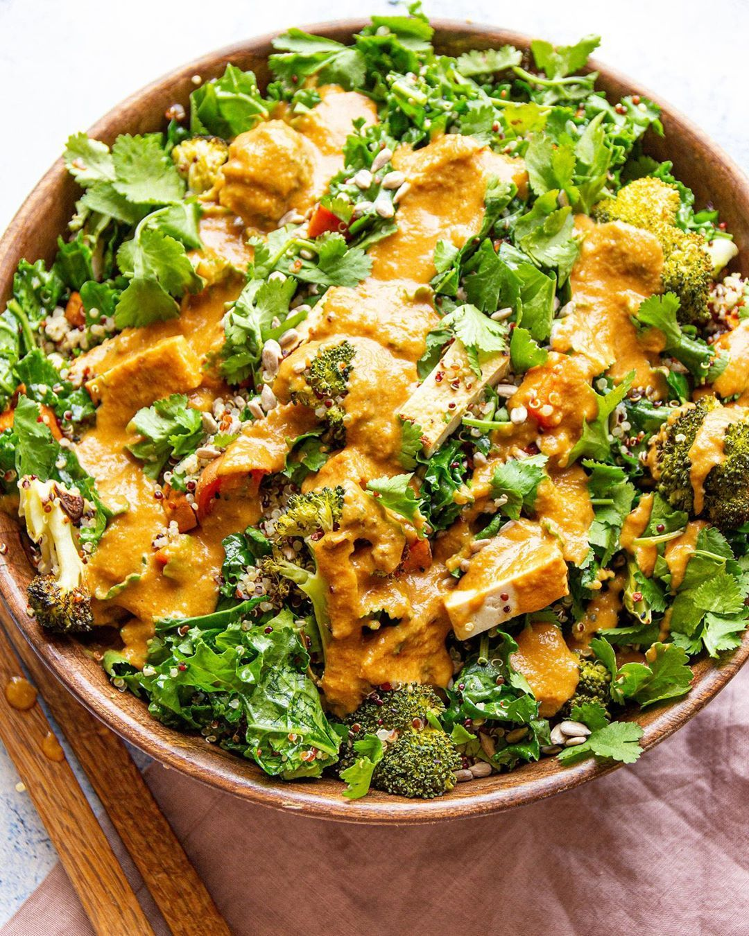 "Claire�Plantbased Nutritionist on Instagram: ""The BEST KALE SALAD! �� Double tap if you would like this salad too! With quinoa, kale, roasted sweet potato, brocoli, tofu, coriander,…"""