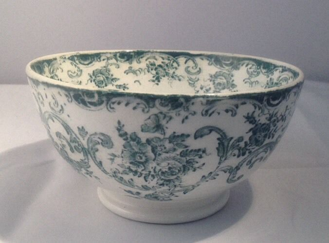"1890-1920 Royal Bonn Green Transferware 6"" Bowl"
